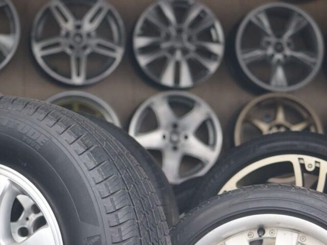 tires-4724225_1280